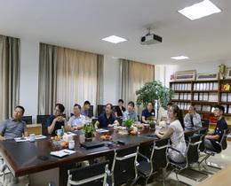喜迎安庆市宿松县各单位领导来得润电气参观考察